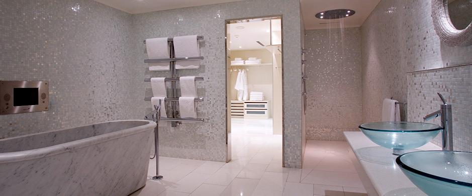 penthouse-suite-bathroom